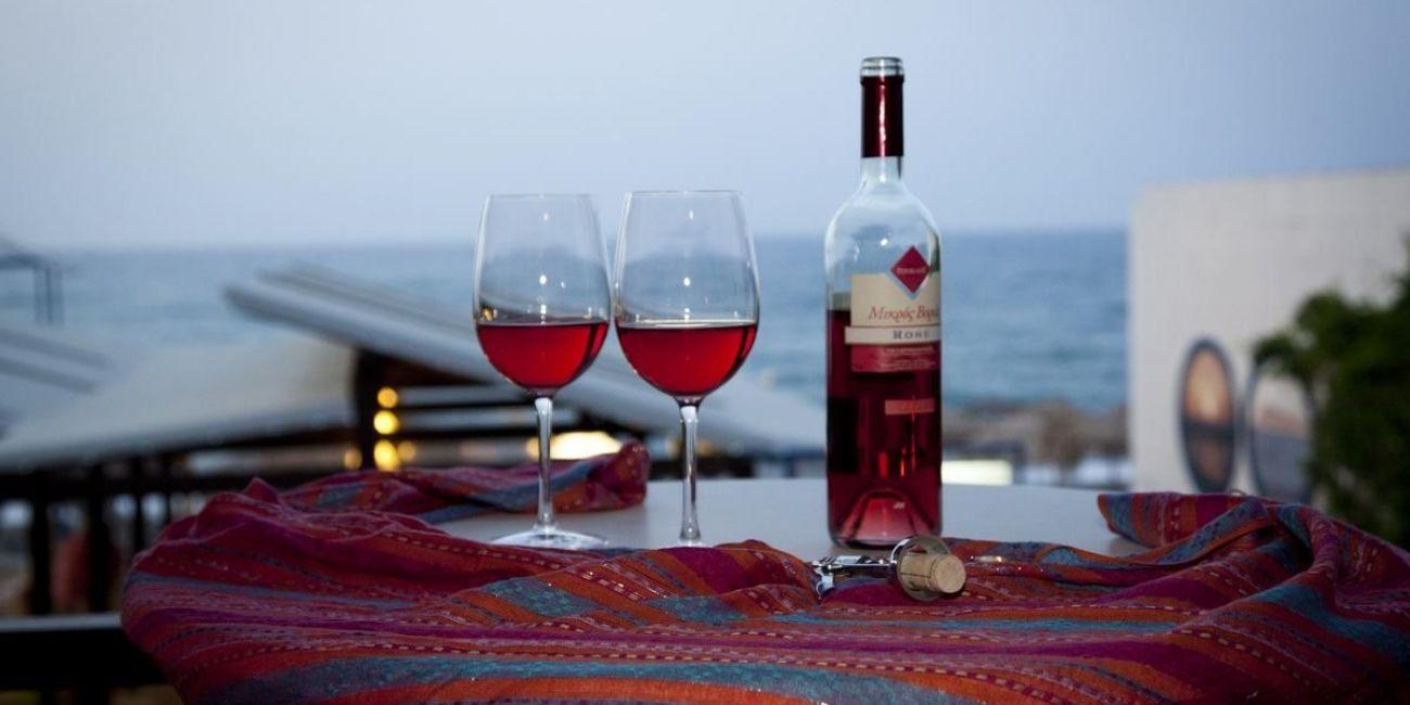 Картинки по запросу CRETA, Grecia wine