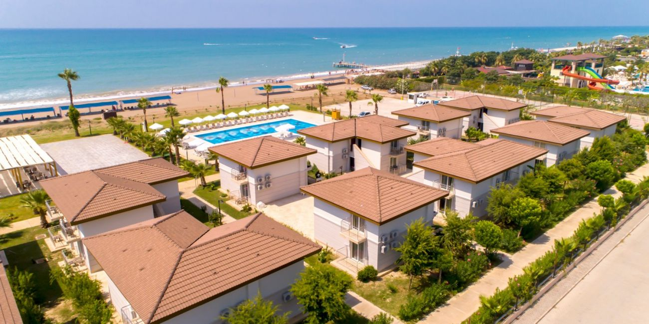 Hotel Crystal Boutique Beach Resort (Adults Only) 5*  Antalya - Belek