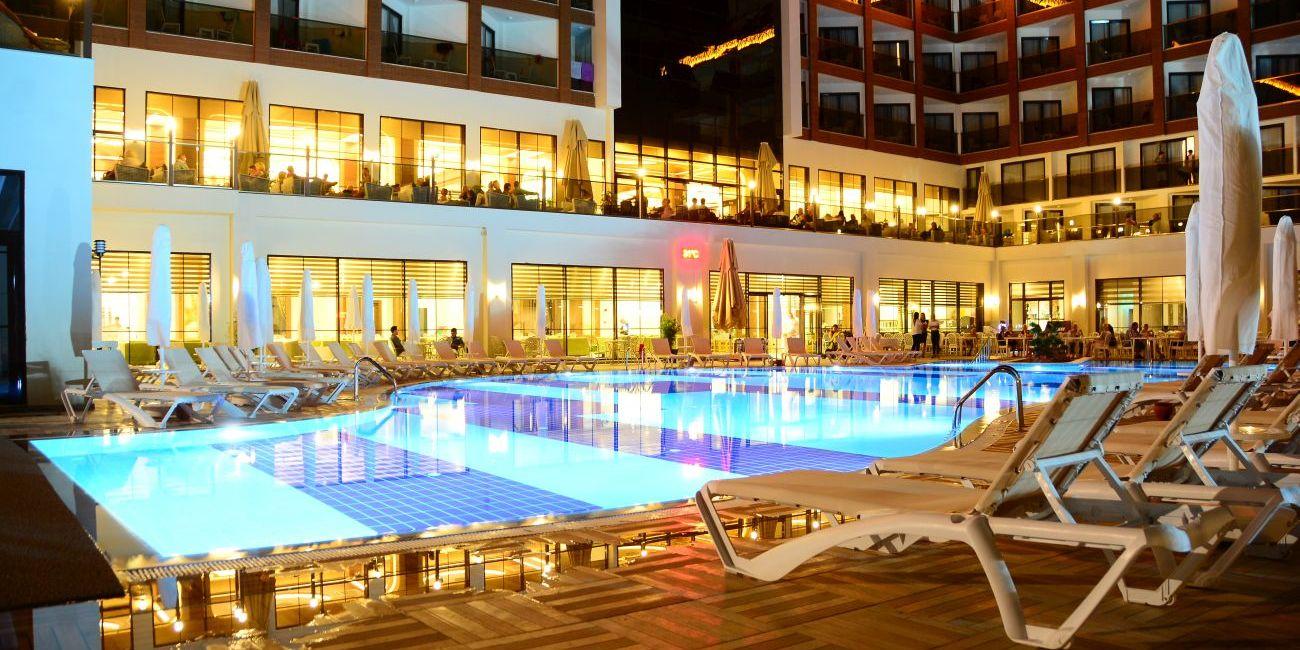 Hotel Glamour Resort Spa Side