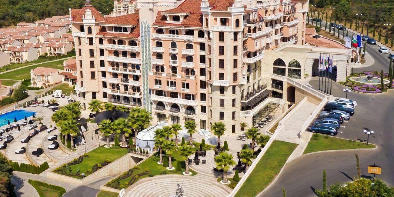 Hotel royal castle design spa 5 elenite bulgaria for Design hotel royal opatija croatia