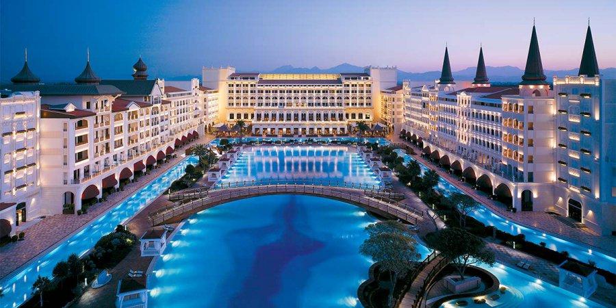 Best-Venue-in-Antalya-Titanic-Mardan-Palace-Prestigious-Venues.jpg