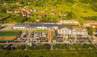 Oferta pentru Craciun 2020 Hotel Gabriela 3* - Mic Dejun