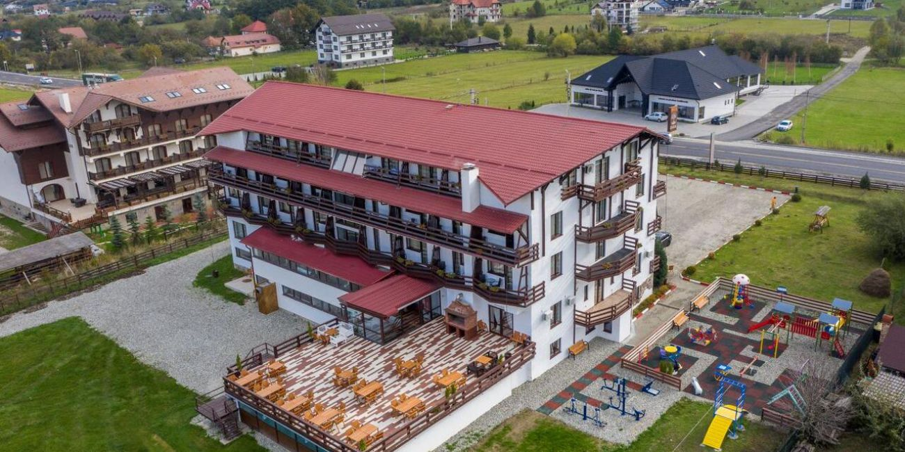 Oferta pentru Munte 2021 Hotel La Dolce Vita 3* - Mic Dejun