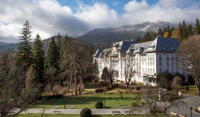 Oferta pentru Munte 2018 Hotel Palace Sinaia 4* - Mic dejun