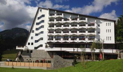 Oferta pentru Munte 2018 Hotel Pestera 4* - Mic Dejun