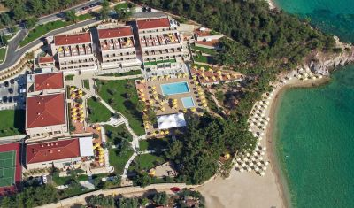 Oferta pentru Paste si 1 Mai 2019 Hotel Royal Paradise Beach Resort 5* - Mic Dejun/Demipensiune