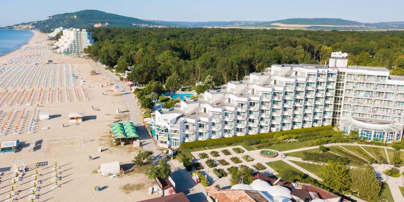 Oferta pentru Paste si 1 Mai 2019 Hotel Laguna Beach 4* - All Inclusive