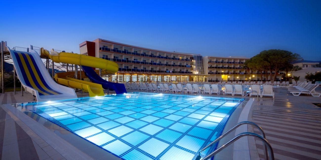 Gumuldur Resort 4*