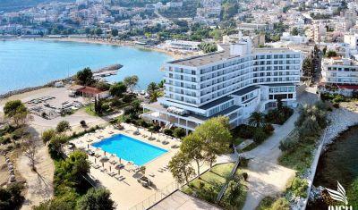 Oferta pentru Litoral 2021 Hotel Lucy 5* - Mic dejun/Demipensiune