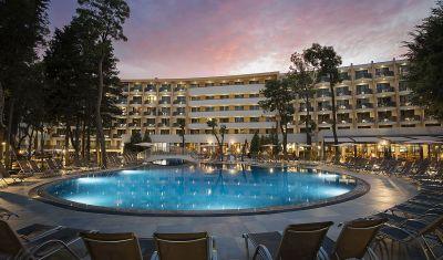 Oferta pentru Paste si 1 Mai 2019 Hotel HVD Club Bor 4* - Ultra All Inclusive