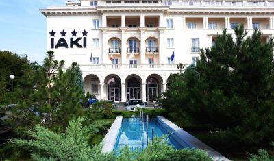 Oferta pentru Revelion 2021 Hotel Iaki 4* - Pensiune Completa Plus