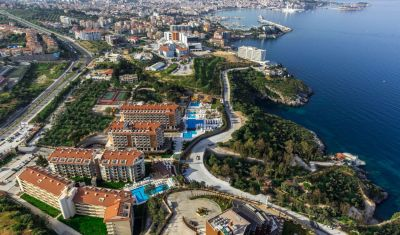 Oferta pentru Litoral 2018 Hotel Ramada Resort Kusadasi 5* - All Inclusive