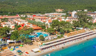 Oferta pentru Litoral 2021 Hotel Crystal Aura Beach 5* - Ultimate All Inclusive