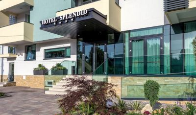 Oferta pentru Paste  2020 New Splendid Hotel & Spa (Adults Only) 4* - Mic Dejun
