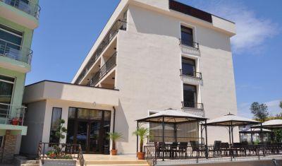 Oferta pentru Litoral 2019 Hotel Mondial 4* - Mic Dejun/