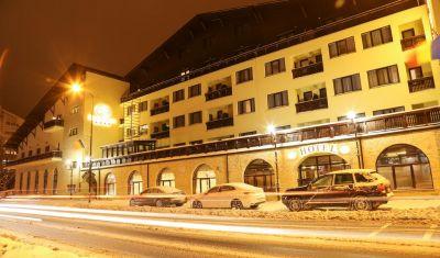 Oferta pentru Munte 2021 Hotel Carmen 4* - Mic Dejun/Mic Dejun + Fisa Cont