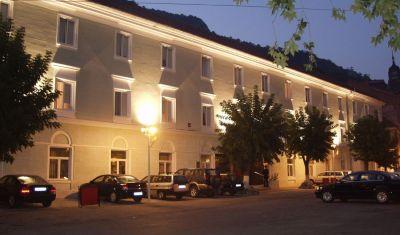 Oferta pentru Balneo 2018 Hotel Ferdinand 3* - Demipensiune + Tratament