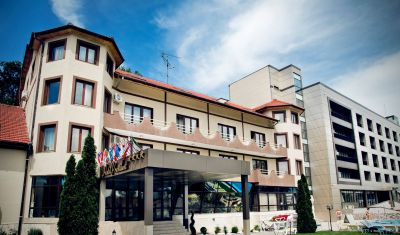 Oferta pentru Craciun 2020 Hotel President 4* - Pensiune Completa