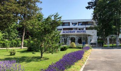Oferta pentru Litoral 2021 Hotel Academy 3* - Fara Masa