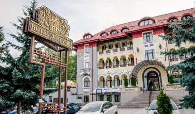 Oferta pentru Paste si 1 Mai 2019 Hotel Bulevard 3* - Demipensiune