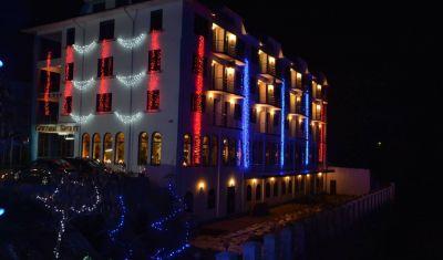 Oferta pentru Revelion 2021 Hotel Golden Spirit 3* - Pensiune completa